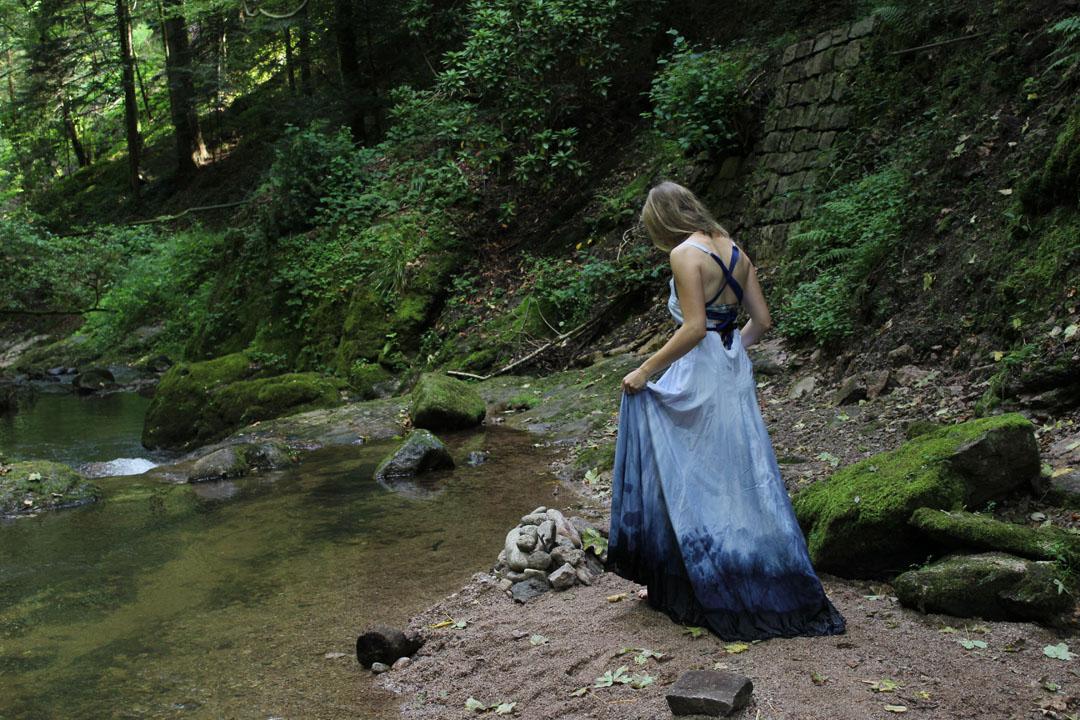 Wasserkleid 03 - Fotografin: Sophie Alasti